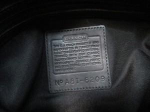 コーチ COACH トートバッグ レディース - 6209 黒 ポリウレタン×レザー【中古】