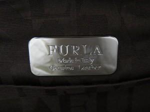 フルラ FURLA クラッチバッグ レディース ライトブラウン 型押し加工 レザー【中古】