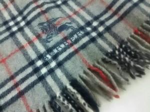 バーバリー Burberry ブランケット レディース 美品 ライトグレー×黒×レッド ウール【中古】