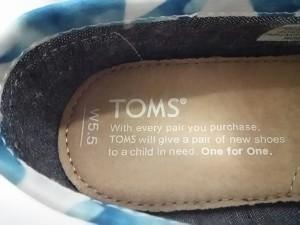 トムス TOMS 靴 W5.5 レディース 新品同様 ブルー×アイボリー×ピンク 化学繊維【中古】