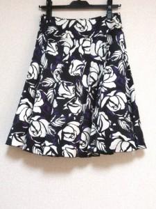 マテリア MATERIA スカート サイズ36 S レディース 美品 黒×白×パープル 花柄【中古】