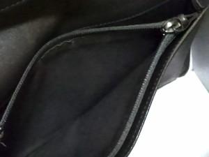 シャネル CHANEL 長財布 レディース カメリア ピンク 型押し加工 ラムスキン【中古】