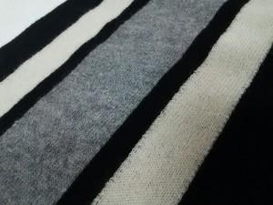 ニジュウサンク 23区 マフラー レディース 黒×グレー×白 ウール【中古】