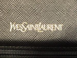 イヴサンローラン YvesSaintLaurent セカンドバッグ レディース 黒 レザー【中古】