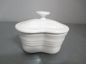 ルクルーゼ LE CREUSET 食器 レディース 新品同様 白 ハート/ミニココット 陶器【中古】