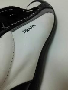 プラダスポーツ PRADA SPORT スニーカー 8 メンズ 黒×アイボリー レザー×エナメル(レザー)【中古】
