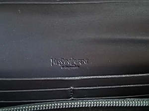 イヴサンローランリヴゴーシュ 長財布 レディース - 203204 ダークグレー エナメル(レザー)【中古】
