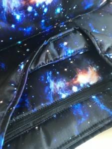 エックスガール X-GIRL トートバッグ レディース 美品 黒×ブルー×マルチ 宇宙 ナイロン【中古】