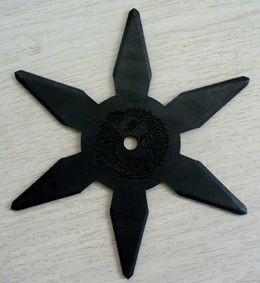 忍者武具 手裏剣Mサイズ・六角型(黒色)