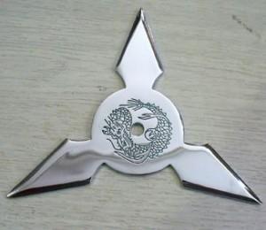忍者武具 手裏剣Mサイズ・三角型(クローム)