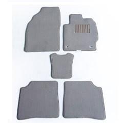 送料無料 天野 AMANO ファミリア セダン 年式:H10〜H15 (4WD) フロアマット一式 エクセレント [カラー:ブラック ウェーブ] カー用品