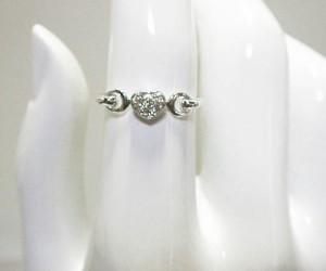 ハートデザインのダイヤモンドK18ホワイトゴールドリング(K18WG)
