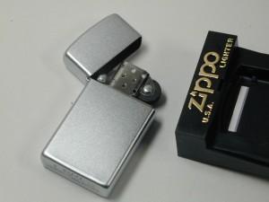 入手困難!カナダ Zippo /#1605(サテンクローム) スリム・新品(工場閉鎖)