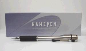 シャチハタネームペンキャップレスシルバー別注  ネーム印とボールペン付き