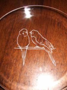 ★可愛いラブラブなインコガラス絵皿♪結婚祝・誕生祝・クリスマスプレゼントにも♪
