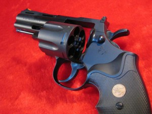 【遠州屋】 コルト パイソン .357mag 4in HOP-UP エアガン (18歳以上) シティーハンターの愛銃 クラウンモデル (市)★