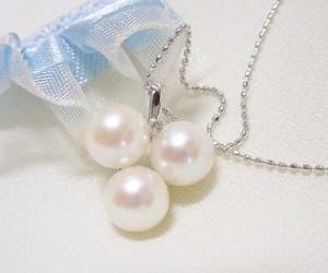 あこや本真珠の可愛いK18WGネックレス