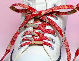 【和柄靴紐L】ちりめんくつひも(ロング)。靴ひもでお手軽にスニーカーを和柄に。洗濯しても大丈夫な日本製クツヒモ。(色40L)