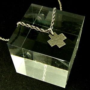 31%OFF! 槌目ミニクロス 純チタンネックレス SAVER ONE(セイバーワン) /メンズ ペンダント クロス 十字架 アクセサリー チタニウム