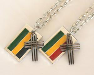 【メール便 送料無料】 ●メタルネックレス●クロス●ラスター&ジャマイカ ┃