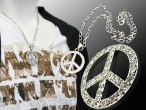 ラインストーンネックレス☆peace mark