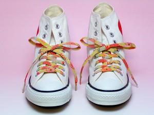 【和柄靴紐L】ちりめんくつひも(ロング)。靴ひもでお手軽にスニーカーを和柄に。洗濯しても大丈夫な日本製クツヒモ。(色98L)