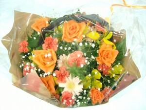 ★オレンジランドアレンジ3,000円ネット特価!