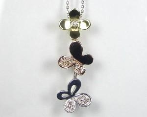 蝶とお花の3カラーが可愛い 18金ネックレス