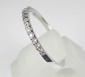 重ね着けに♪0.13ctダイヤモンド K18WGホワイトゴールドエタニティリング