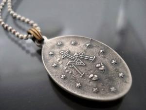 【送料無料】 amp japan アンプジャパン リミテッド クロス 聖母マリア ネックレス コーラル 6AM-141C