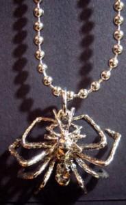スパイダーネックレス・メール便(ゆうパケット)なら送料無料・Rock・蜘蛛・クモ・spider・ロック・パンク・ゴスロリ・M-119