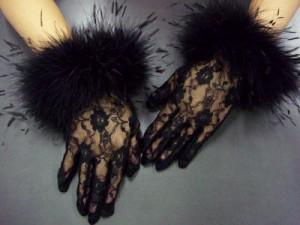 レースファー手袋黒 振袖成人式&卒業式袴・着物・ドレスに