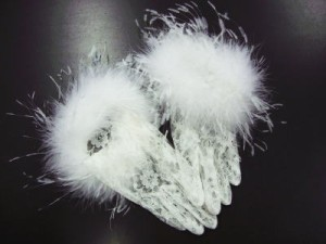振袖成人式&袴・着物・ドレスに レースファー手袋白