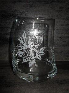 ★素敵で歪なロックグラス♪<薔薇>