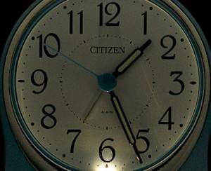 リズム時計[シチズン]録音再生機能付 目覚まし時計 伝言くんルージュW 4SE521-004 青パール色(白)アナログ ラッピング無料