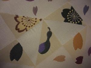 着物きものに やわらか小粋な洗える京袋帯金地桜