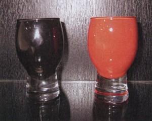 ミニグラス杯♪黒赤ペアセット 誕生祝・結婚祝・還暦祝のプレゼントに最適♪
