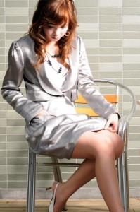 残り僅かの為!特価セール!贅沢シルクサテン★ボディラインカバー着やせ艶々ギャザーバルーンスカート膝丈スーツ★大きいサイズL11】