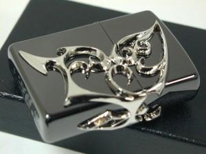ジッポーZippoバタフライ蝶(チョウ)黒ブラック3面連続柄・銀メタル新品未開封