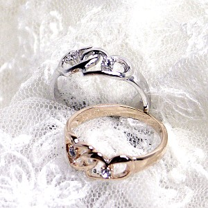 [あす着]【送料無料】ダブルのオープンハートにスワロフスキーのクリスタルが可愛いリング♪ 指輪 BR-4534