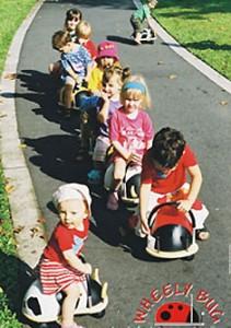 送料無料パパジーノ ウィリーバグ L てんとう虫 WEB004■かわいい木製乗り物おもちゃ プレゼントに☆木製乗用玩具