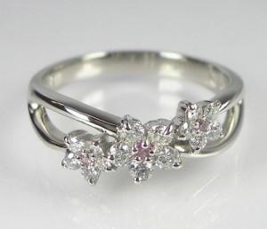 ピンクサファイアとダイヤモンド◆プラチナリング