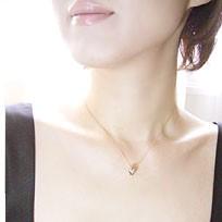 ダイヤモンド トリニティ ペンダント ネックレス 3営業日前後の発送予定