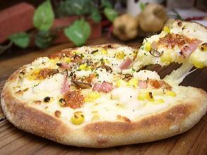 ピザ★グラタン風PIZZA(20cm)★本格ピッツァ/チーズ/パーティー/お惣菜/ギフト