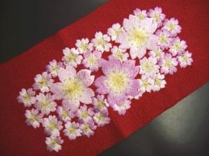 振袖成人式&袴・着物に♪ぎっしり刺繍半衿半襟赤色地桜桜
