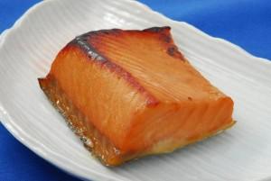 【旬の秋鮭使用】鮭のかほり漬(2切)/サケ/さけ/切身/ご飯のおかず/焼魚/切り身/お惣菜