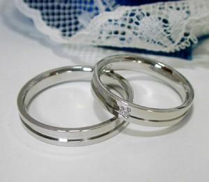 高級ペアリング【ペア価格:結婚指輪】ダイヤモンド入り プラチナ900 マリッジ ペアリング(1017)