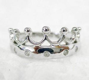 王冠デザインのK18WGリング