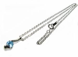 【日本製】11月 誕生石sv925みずみずしい輝き天然石ブルートパーズ一粒ネックレス【誕生日ギフト・プレゼントに最適】