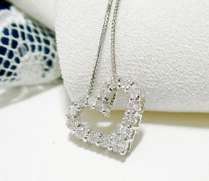 定番ハートのK18WGダイヤモンドネックレス:5日以内